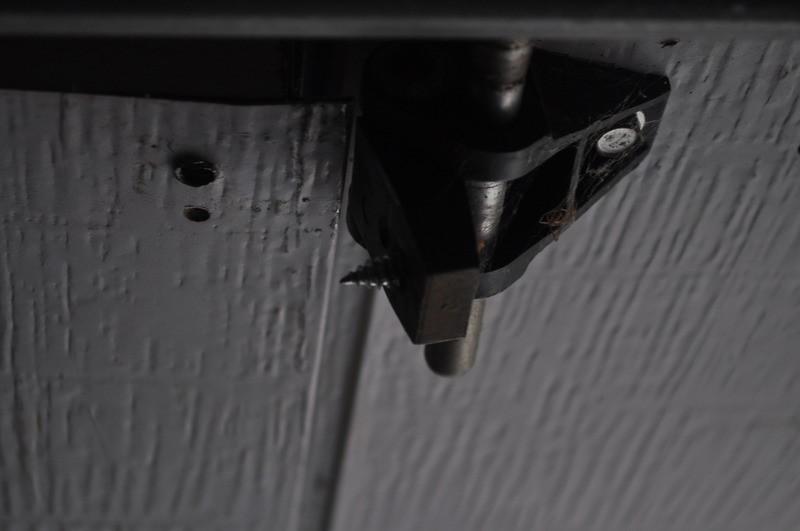 Plastic Garage Door Hinges results when you examine your garage door for broken things!