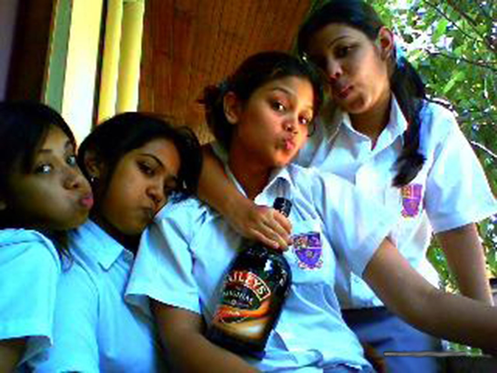 Srilankan girls photos (www.sl-girls.tk) -