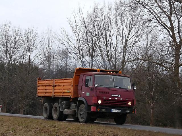 Anciens camions de l 'Est de l 'Europe ! 7138630
